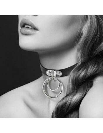 Collier noir avec double anneau